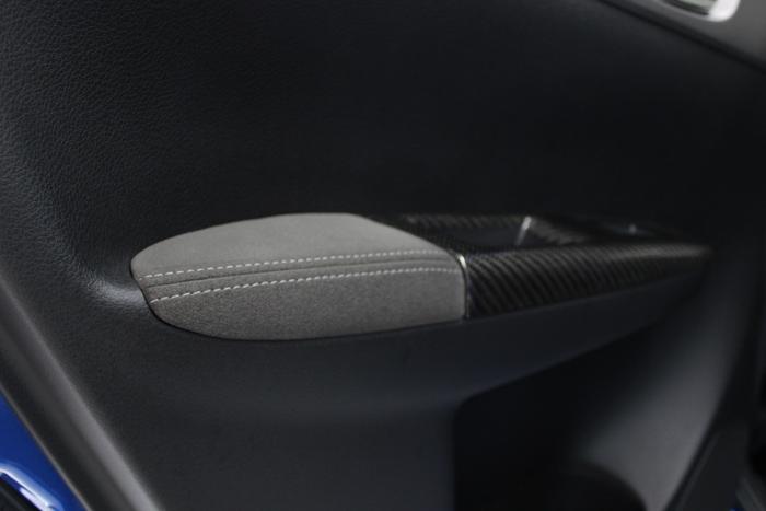 スバル WRX STI シートコーティング ドアトリム アルカンターラ