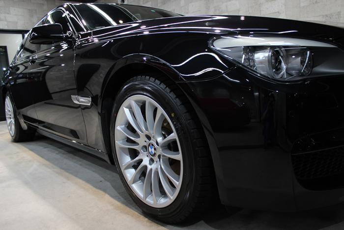 BMW 740i Mスポーツ ブラックサファイア ヘッドライト