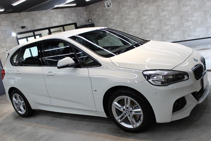 BMW 218d アクティブツアラー アルピンホワイト Mスポーツ 右ホイール