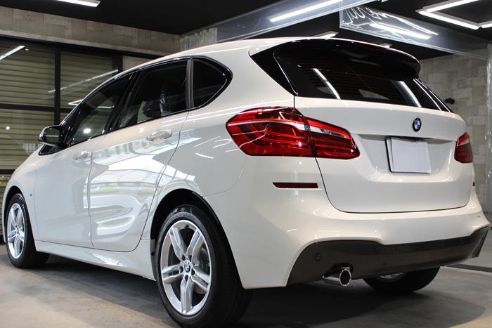 BMW 218d アクティブツアラー アルピンホワイト Mスポーツ リアバンパー