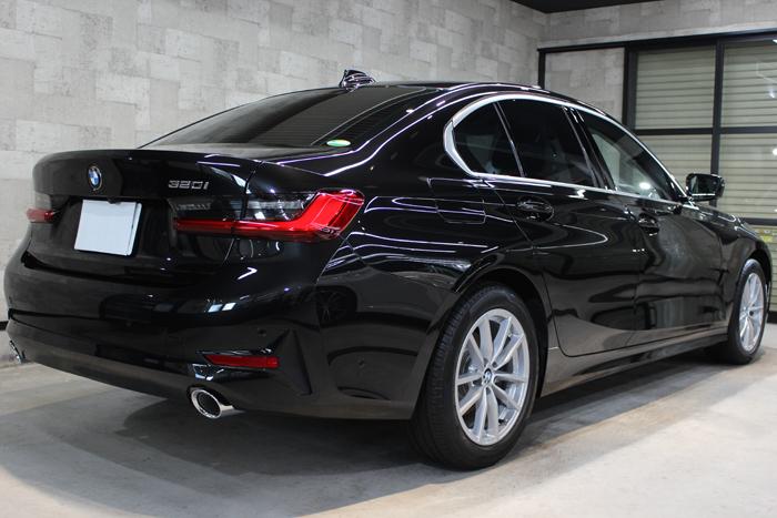 BMW 3シリーズ ブラックサファイア リアバンパー