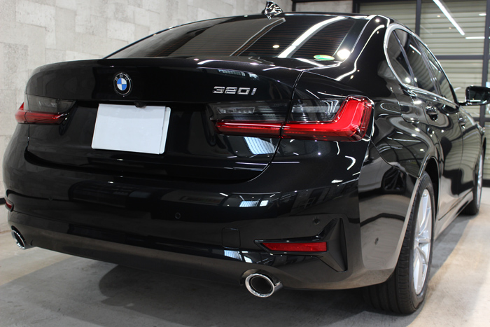 BMW 3シリーズ ブラックサファイア マフラー