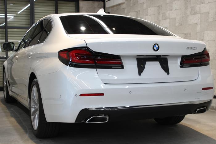 BMW 530i ミネラルホワイト リアバンパー