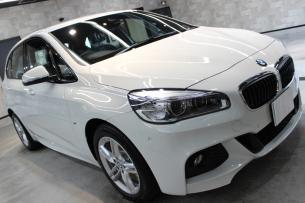BMW 218d アクティブツアラー アルピンホワイト Mスポーツ フロントバンパー2