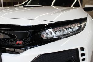 ホンダ シビック タイプR チャンピオンシップホワイト 入庫時 ヘッドライト
