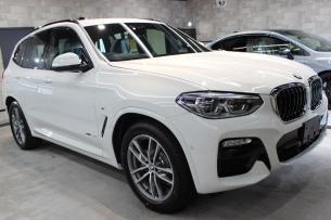 BMW X3 アルピンホワイト Mスポーツ 右ホイール