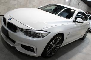 BMW 4シリーズ グランクーペ アルピンホワイト ボンネット1