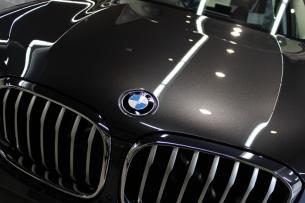 BMW X3 ソフィストグレー ボンネット