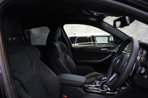 BMW X4 Mコンペティション 内装全体
