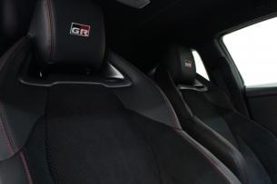 トヨタ GRヤリス プレシャスブラックパール シートコーティング 運転席