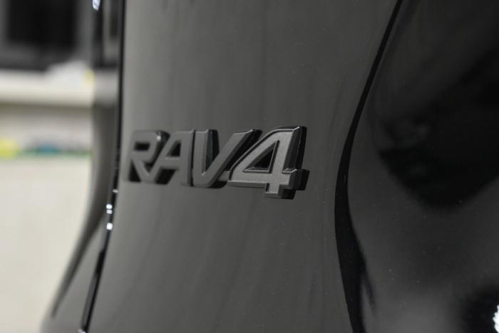 RAV4-9