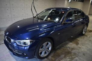 BMW318i 入庫−1