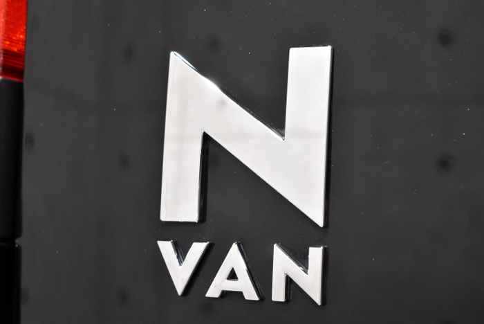N-VAN-13