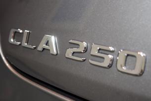 CLA250 09