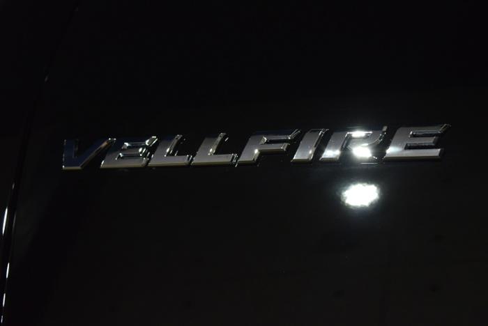 ヴェルファイア-8
