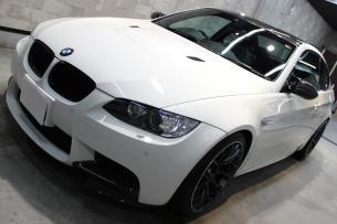 BMW M3 アルピンホワイト ボンネット左