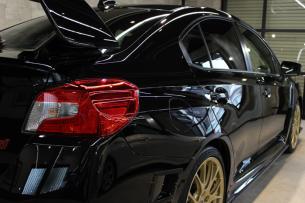 スバル WRX STI クリスタルブラックシリカ テールレンズ