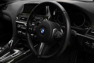 BMW 640iグランクーペ ステアリングコーティング