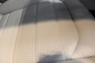 フォルクスワーゲン ゴルフ ディープブラックパールエフェクト シートコーティング 座面