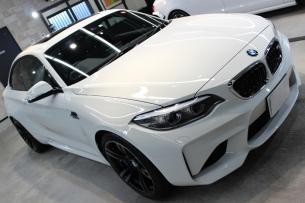 BMW M2 アルピンホワイト ボンネット右