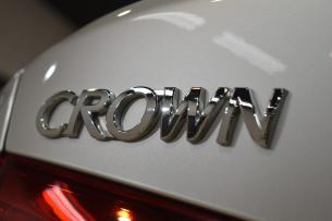 クラウン-10