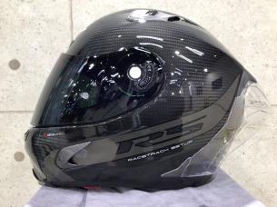カーボンヘルメット 8