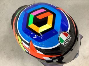 AGVヘルメット 9