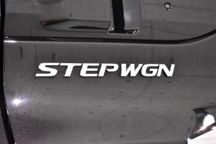 ステップワゴン-8