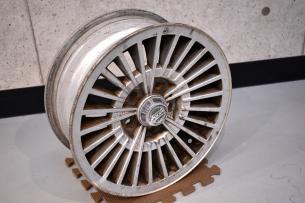 ボルボ240-8